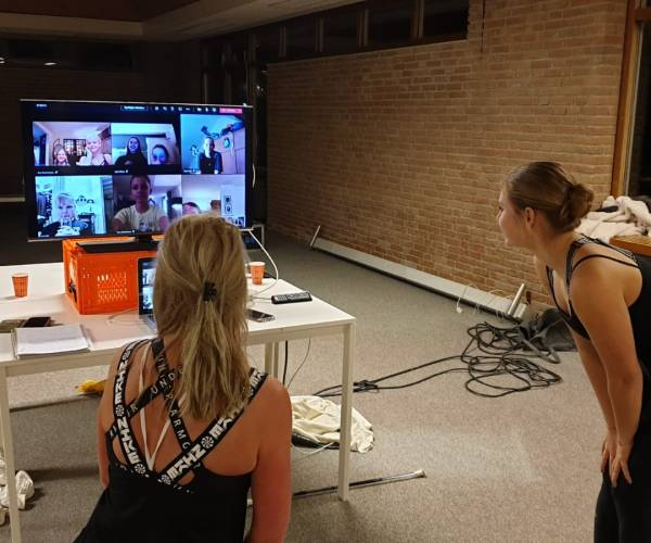 Majorette 'De Harmonie Vroomshoop' starten met online les