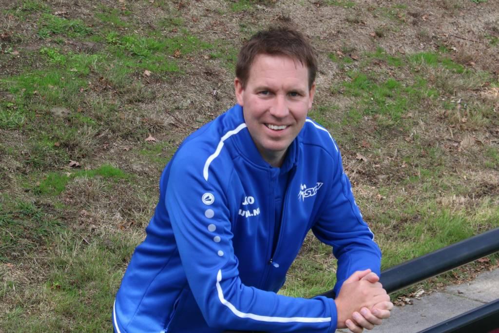 Trainer Philip Agteres. Fotograaf: Henk Steen