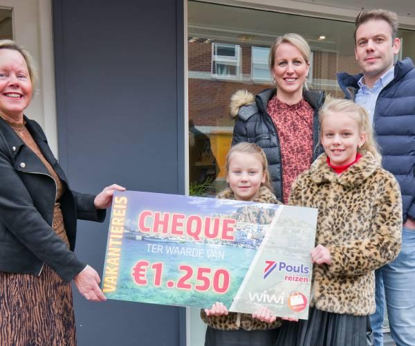 Tweede reischeque van Wierdense Prijzenmarathon naar gezin Epema