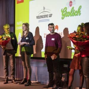 Veldhoeve Kip trotse winnaar van Innofood Award 2019