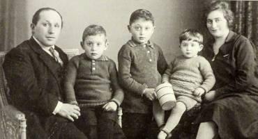 Over Auschwitz en Vriezenveense Joodse oorlogsslachtoffers