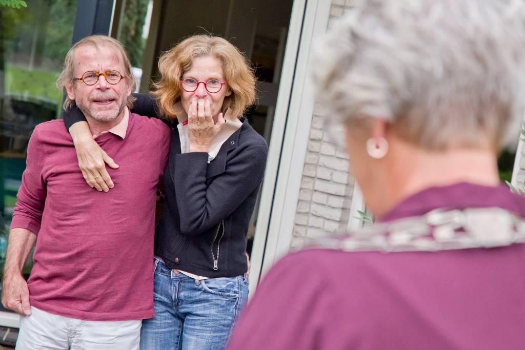 Jan en Roos Bosch waren totaal verrast toen ze werden toegesproken door de burgemeester.