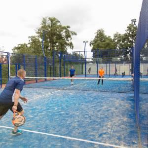 Bij TC de Mors blijft dubbelen bij tennis en padel mogelijk