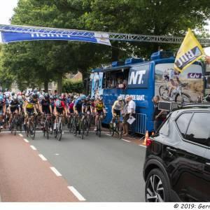 Pruisscher wint Ronde van Enter; Minnard Berkhof snelste amateur