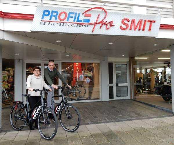 Erik en Monique van Profile Smit bedanken hun klanten