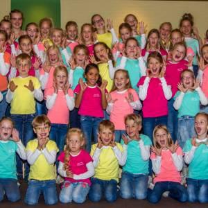 Jubileumconcert kinderkoor 'Zingen maakt blij' Wierden