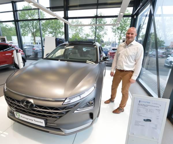 Autogroep Twente heeft met waterstofauto Twentse primeur