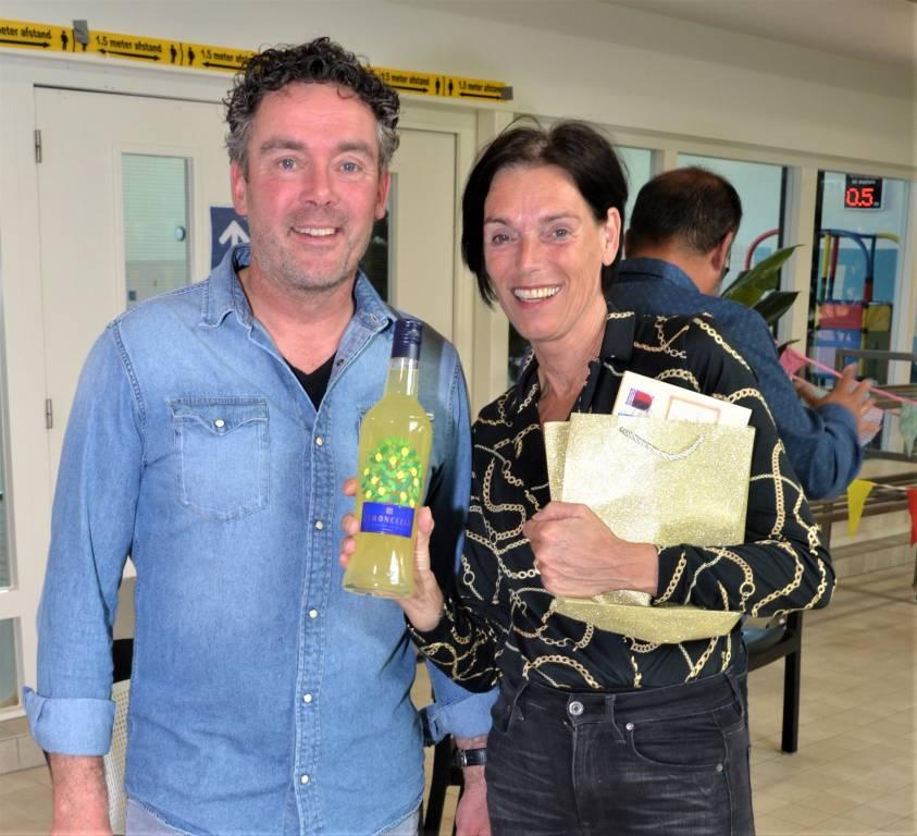 Brigitte Hemeltjen met Marc's lievelingsdrankje