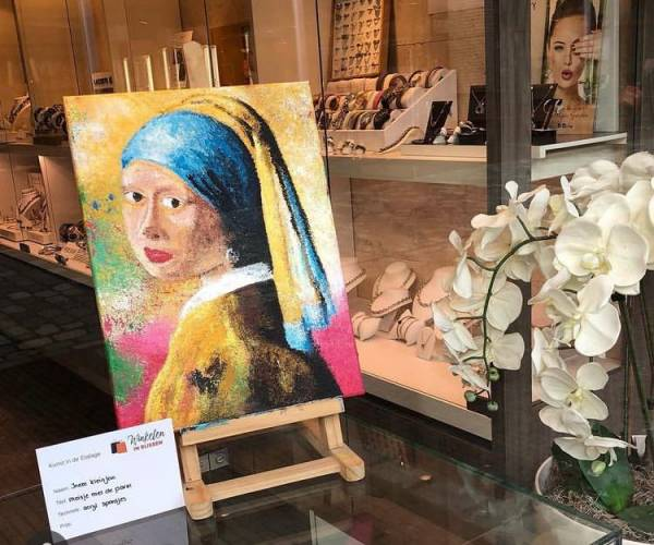 'Kunst in de Etalage' valt goed in de smaak bij Rijssense gemeenschap