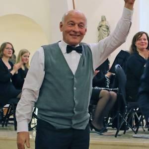 Frans Poelman voorzitter Roetgerink Foundation; Bernard Kobes zwaait af