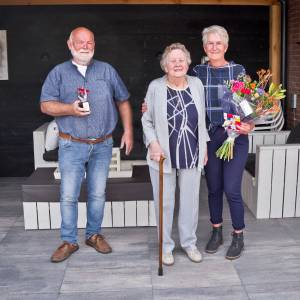 Beste Buur Bokaal naar Henk en Ria van Braam