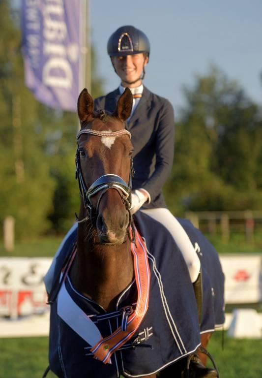Winnaar Tessa Delger met Cindi