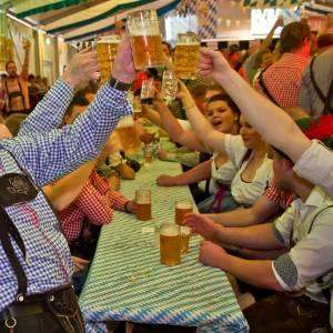 Sunte Mart'n Streekwinkel dit jaar als surrogaat voor het grootse dorpsfeest