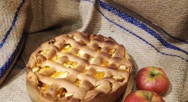 Rubriek Heel Riessen bakt, week 11: Abrikozen-appeltaart met amaretto
